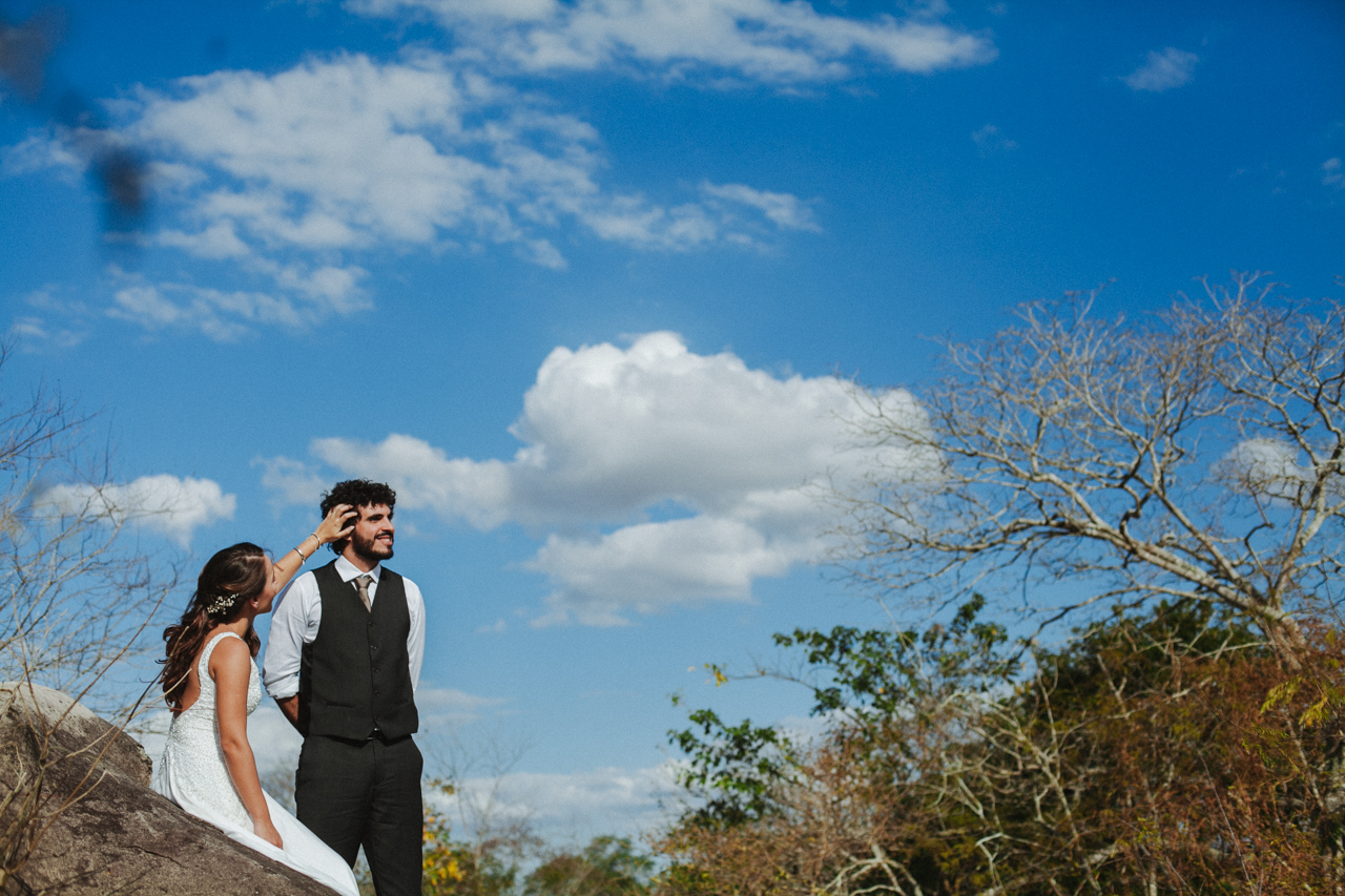 Ensaio-Trash-the-Dress-Bruna-e-Victor-Pedra-de-Ingá-Paraíba-Deise-Rathge-Fotografia_0071