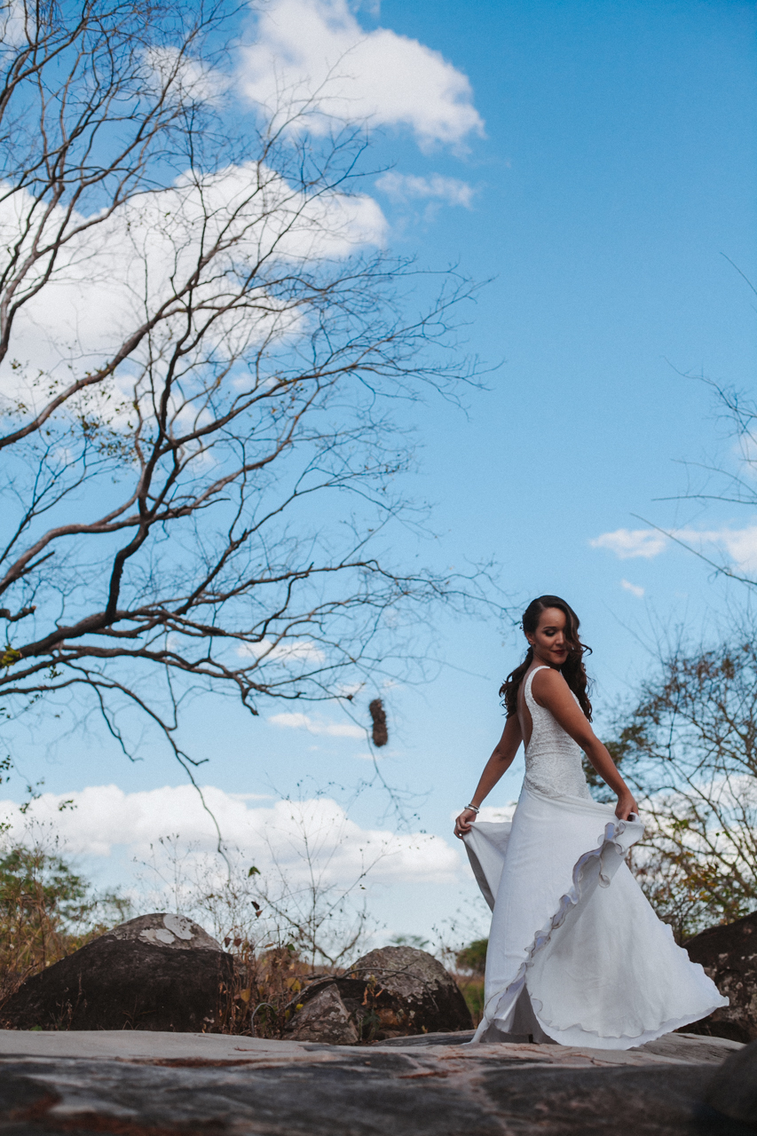 Ensaio-Trash-the-Dress-Bruna-e-Victor-Pedra-de-Ingá-Paraíba-Deise-Rathge-Fotografia_0103