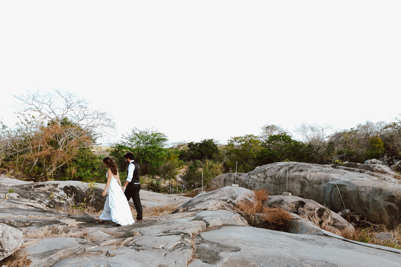 Ensaio-Trash-the-Dress-Bruna-e-Victor-Pedra-de-Ingá-Paraíba-Deise-Rathge-Fotografia_0130