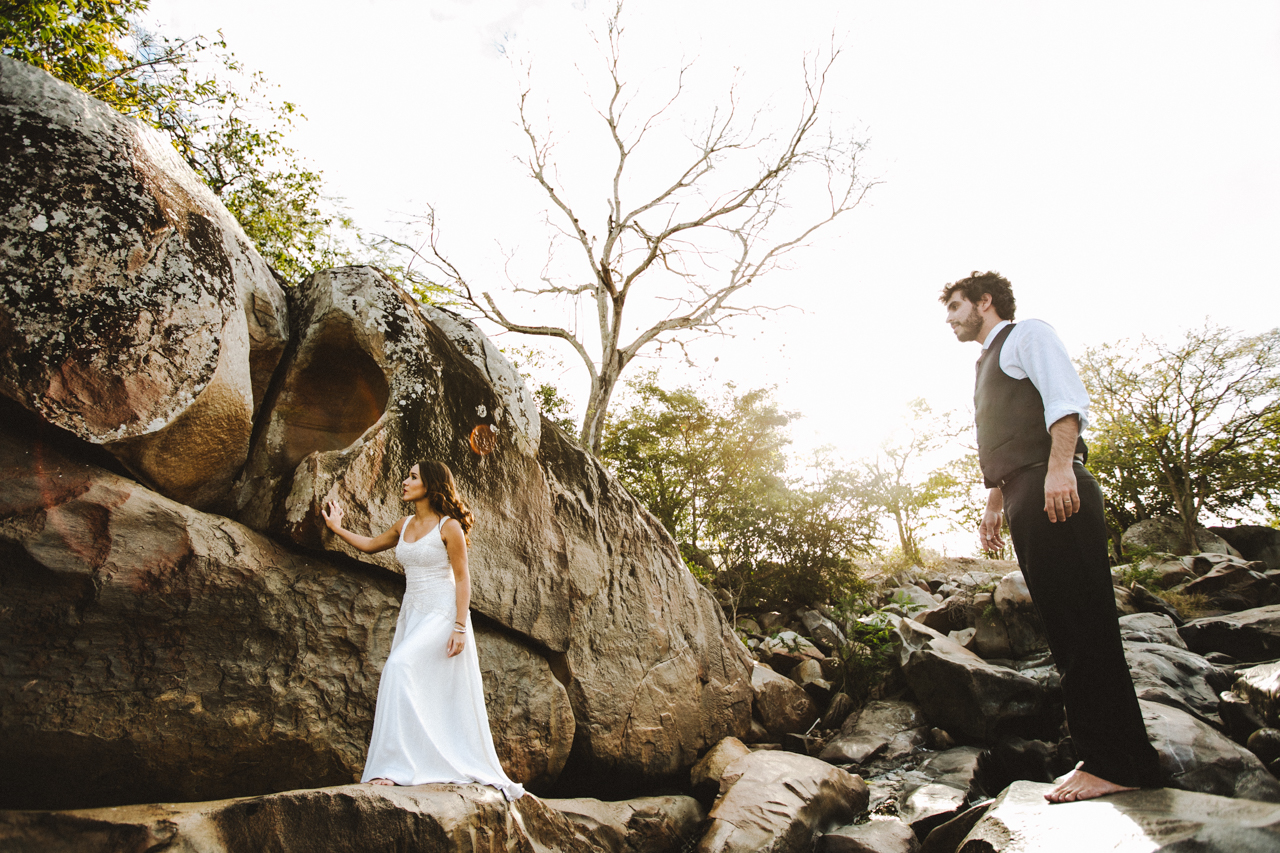 Ensaio-Trash-the-Dress-Bruna-e-Victor-Pedra-de-Ingá-Paraíba-Deise-Rathge-Fotografia_0194