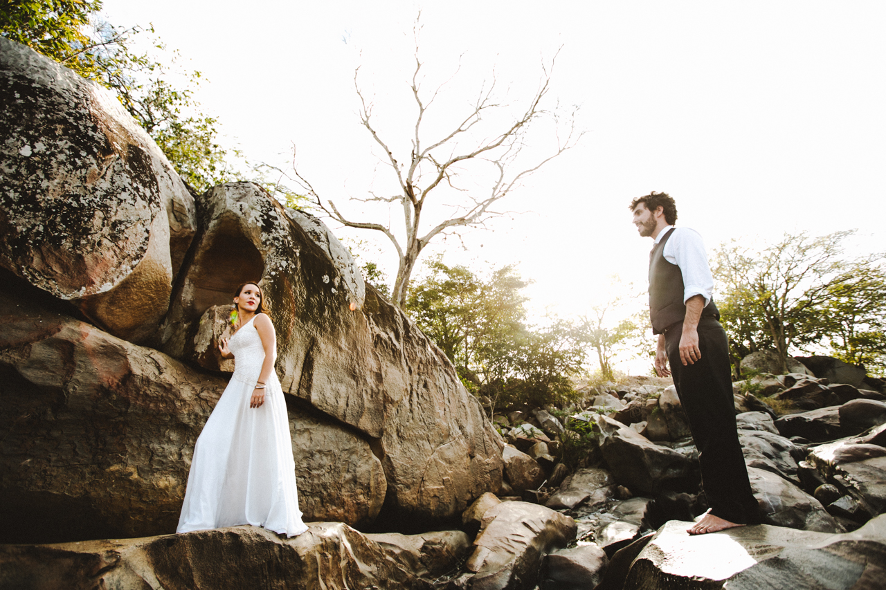 Ensaio-Trash-the-Dress-Bruna-e-Victor-Pedra-de-Ingá-Paraíba-Deise-Rathge-Fotografia_0195
